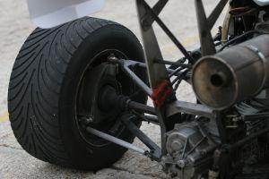 1147142_race_engine